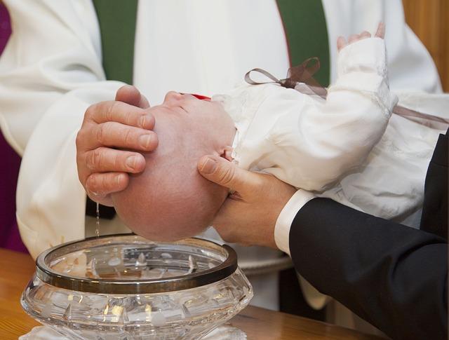 Taufe eines Kindes